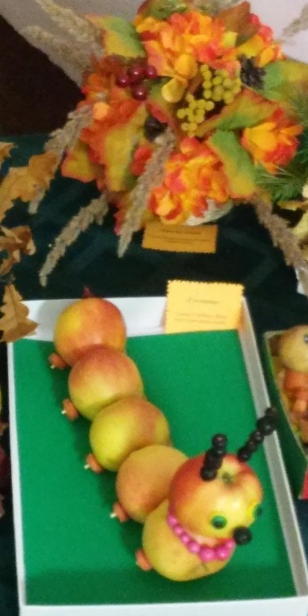 Осенние поделки на осенний бал 410